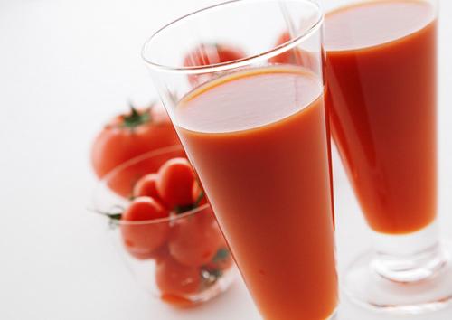 Tham khảo cách trị mụn dứt điểm với cà rốt và sữa chua